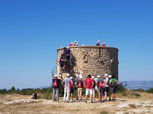 Tour d'observation dans le Lubéron
