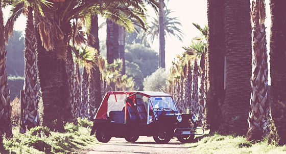 Rallye en mini moke au départ de Saint Tropez